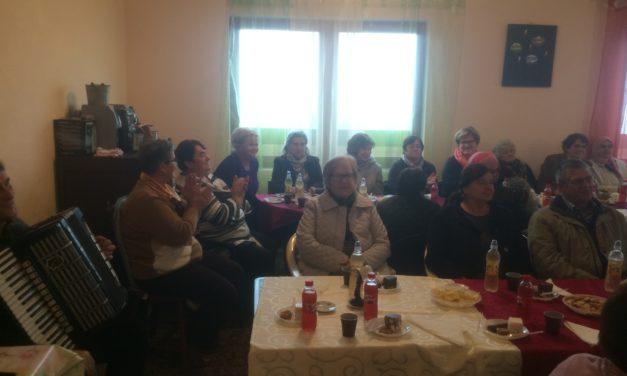 Druženje i razgovor o potrebama starijih za aktiviranjem, udruživanjem i organizovanjem u Kotorskom